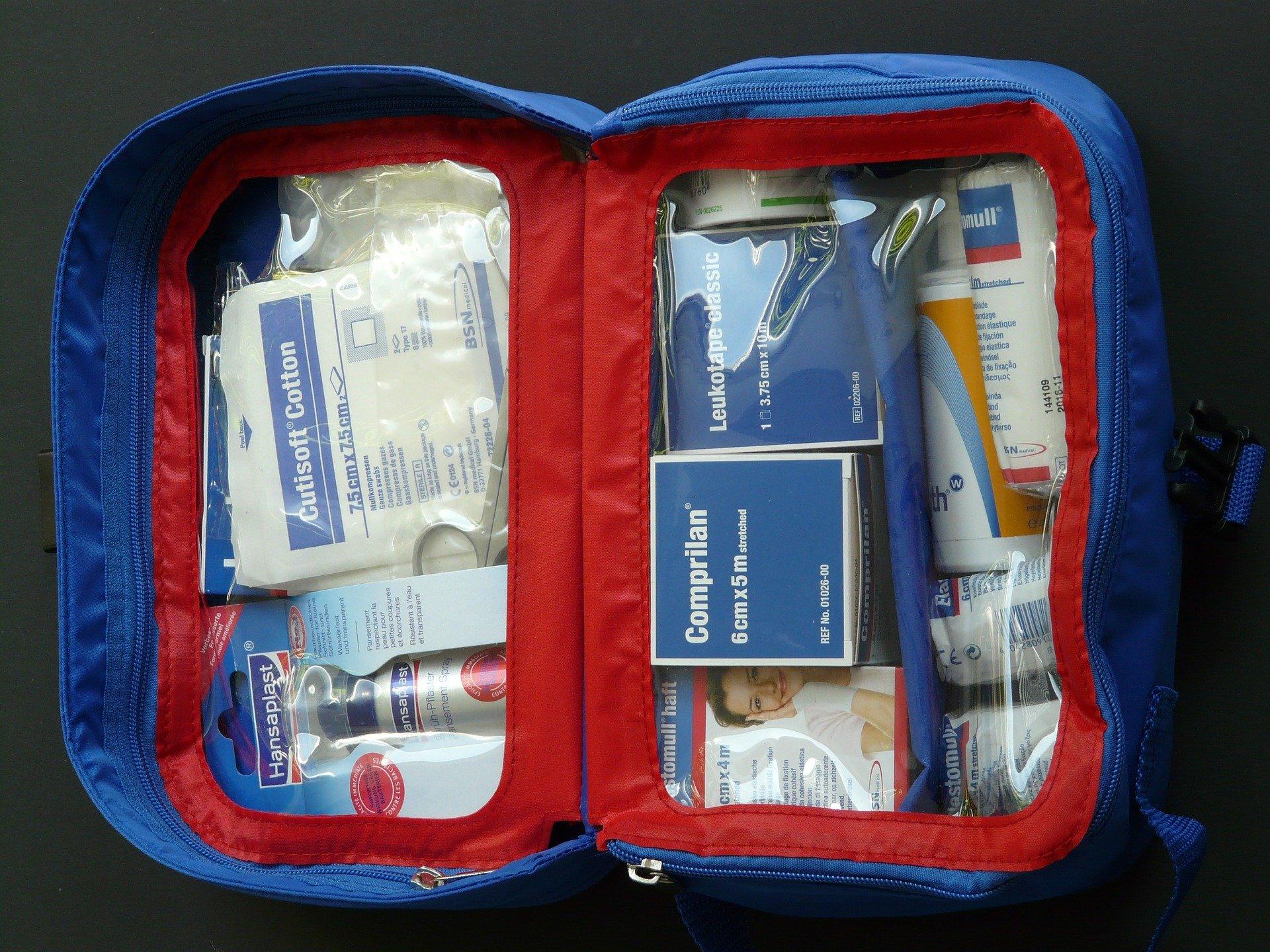 first-aid-kit-59646_1920.jpg